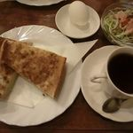 バンブゥー - 料理写真:トースト+コーヒー 2017.02.05