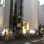 SAITANIYA - 外観(このビルの1階)