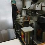 麺や金時 - 厨房