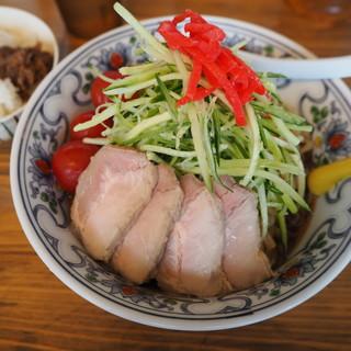 くじら食堂 - 料理写真:冷やし中華 800円麺増し無料