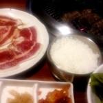 せんなり - ランチ・カルビ定食880円 肉120g