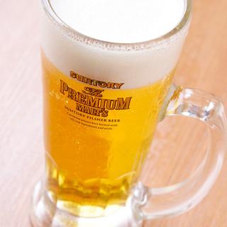 ビールは人気のプレミアムモルツをご用意!