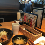 東京トンテキ - 店内