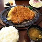とんかつ加茂 - 特製ロースカツ定食!
