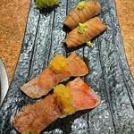 炭火焼肉 矢つぐ - 肉寿司(タン&ロース)