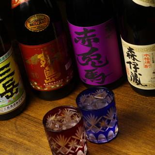 全国各地のおいしいお酒が勢ぞろい。レア酒も満載◎