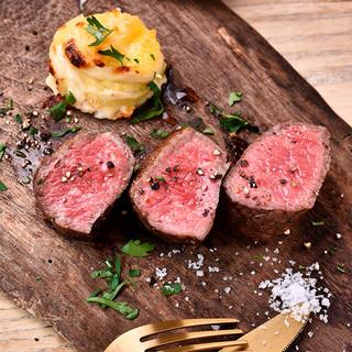 熟成肉は定番から希少部位までご用意◎