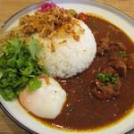 スパイスアンドチキン ハニカム - ハニカムスペシャル (チキンカレー×鶏そぼろ丼)