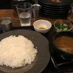 Ghar - チキチキカレー(800円)