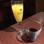 72345979 - ソムリエが選んだとは思えぬ程ライトボディ。                       やっぱりワインは、ワイングラスの方が香りを楽しめます。