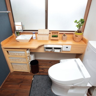カラフルで、広々とした空間。女性用のトイレは、広くてキレイ☆