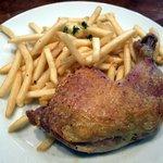 サン マルタン - 若鶏コンフィ フレンチフライ添え
