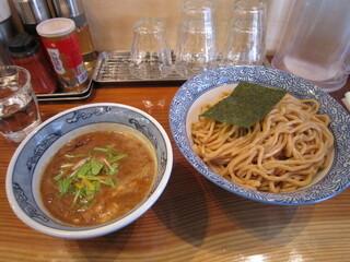 道玄坂 マンモス - 濃厚つけ麺 800円/麺大盛(330g) 0円