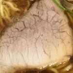旭川ら~めん むら山 - レトロ感のあるパサパサ焼豚美味