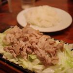 ビフテキ家あづま - 豚のじゅーじゅー焼き