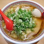 どうとんぼり神座 - 料理写真:小チャーシュー煮卵ラーメン(ねぎトッピング)