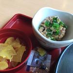 ジョイフル - 納豆と漬物