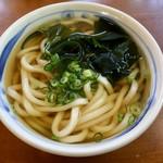 べたぴん - 料理写真:かけうどん400円