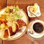 カフェ・デ・プリマベーラ - レジェブレンド(濃いめ) 550円、プリマムッシュ 1,000円