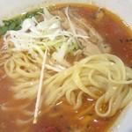紅 - 麺の形状