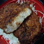 柏屋食堂 - 料理写真:上名代ソースカツ丼・かつ断面
