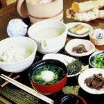 しずく亭 - 料理写真:麦とろ