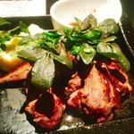 72380183 - 牛ハラミ肉の鉄板焼き
