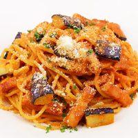 イタリア食堂 クッチーナ - イタリア産ホエー豚ベーコンと「酵素卵」のフィレンツェ風トマトソース