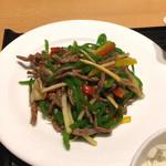 泰平飯店 - 牛肉ピーマン炒め