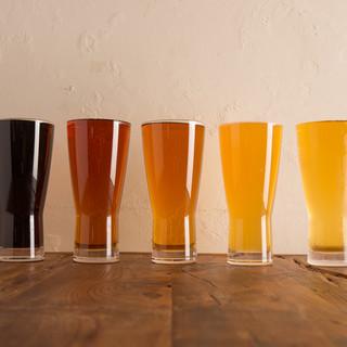 クラフトビールが常時10種以上用意してます!