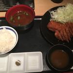 牛カツ京都勝牛 - 牛ロースカツ定食130g  1,382円