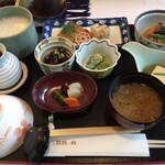 ホテル鹿島ノ森 - 料理写真:和朝食