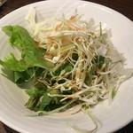 アルディーレ - ランチのサラダ