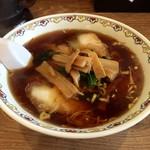 泰鵬支店 - 料理写真:醤油ラーメン 580円