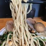 ファットン - 【2017.8.3】中太麺にタレが良く絡む。