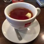 ラ クッチーナ ビバーチェ - セットドリンク 紅茶HOT
