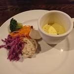 72399861 - 前菜(ピクルス)とスープ(冷製)