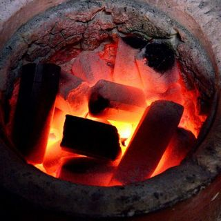 本格炭火焼きで、美味しさをワンランク上に!