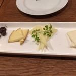 エル・チャテオ - チーズの盛り合わせ