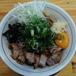 麵屋春馬 - 料理写真:油そば750円