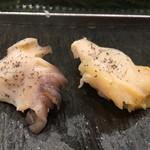 梅丘寿司の美登利総本店 - 真つぶ貝、北寄貝