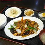 72410142 - 鶏の黒胡椒炒め定食 ¥780