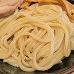 舎鈴 - 麺(中盛)