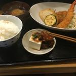 なみ一 - 日替わりミックスフライ定食