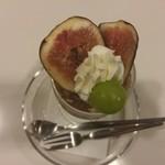 フルーツパーラーフクナガ - 季節のおすすめ いちじくパフェ