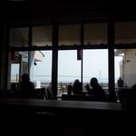 いけや食堂 - 店内からの風景