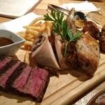 72423030 - 3種のお肉の盛り合わせ Sサイズ