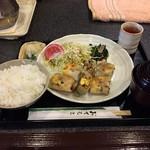 小豆庵 - 料理写真:日替定食(全景)