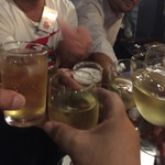 OUI - 乾杯!