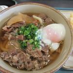72429378 - 肉うどん+温泉玉子
